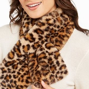 Christian Siriano New York faux fur scarf